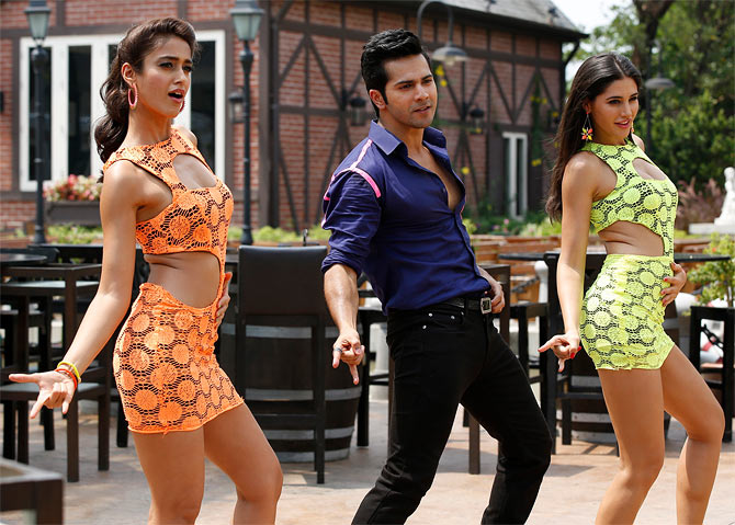 Ilena D'cruz, Varun Dhawan and Nargis Fakrih in Main Tera Hero