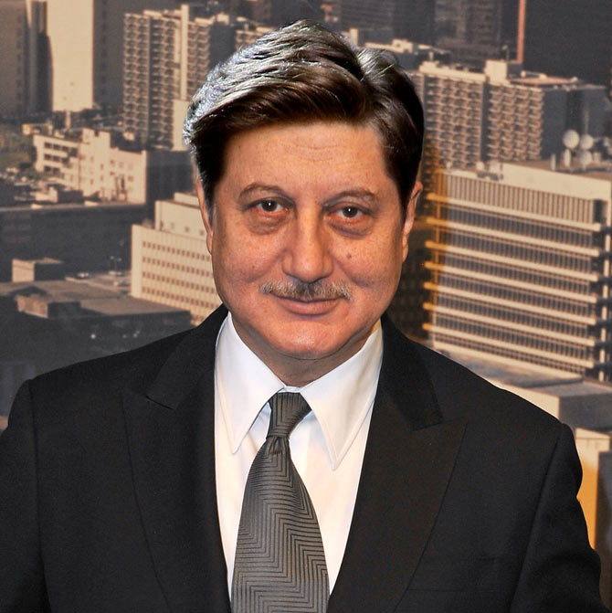 The Best Hairdo For Anupam Kher Vote Rediff Com Movies