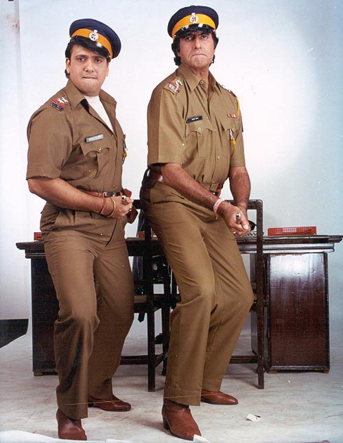 Govinda and Amitabh Bachchan in Bade Miyan Chhote Miyan