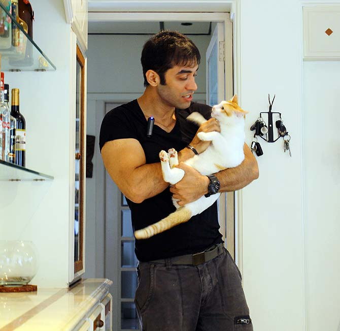 Kushal Punjabi with his cat
