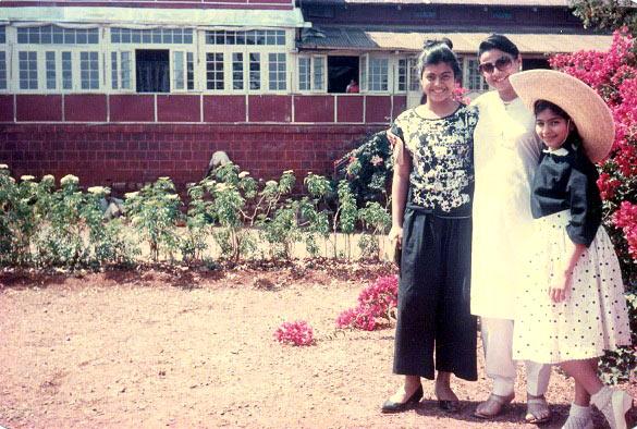 Kajol, Tanuja and Tanishaa