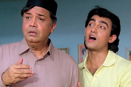 Deven Verma and Aamir Khan in Andaz Apna Apna