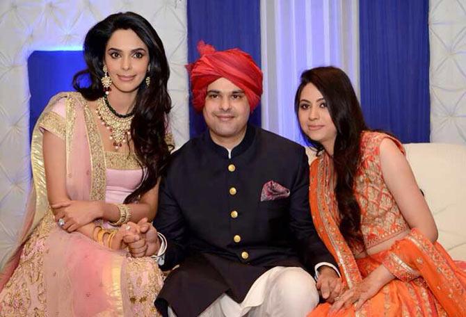 Mallika Sherawat with her brother Vikram Lamba and finacee