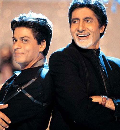 Shah Rukh Khan and Amitabh Bachchan in Kabhi Khushi Kabhie Gham
