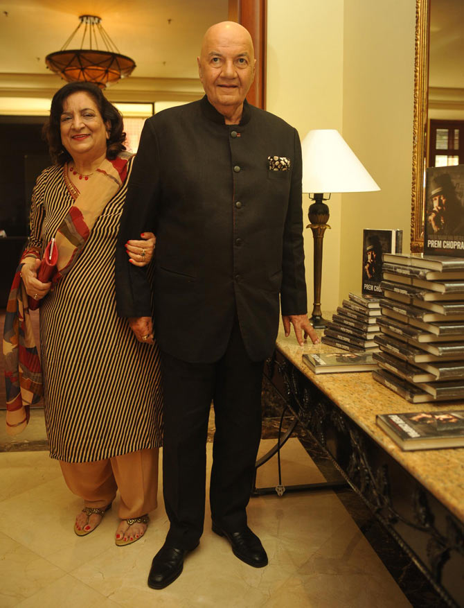 Prem Chopra with his wife Uma