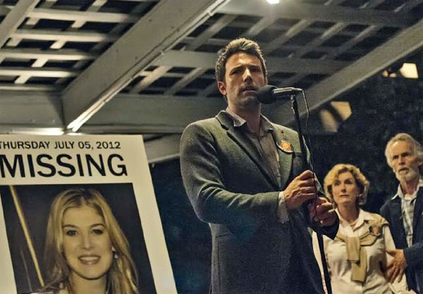 Rosamund Pike and Ben Affleck in Gone Girl