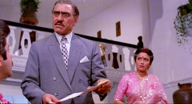 Bindu with Amrish Puri in Kishen Kanhaiya