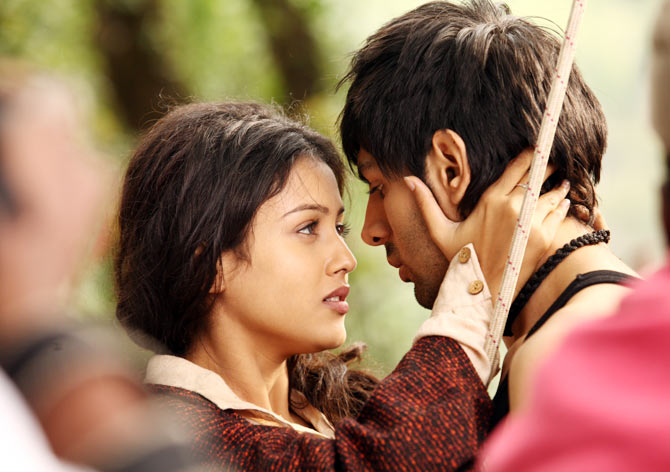 A scene from Kaanchi