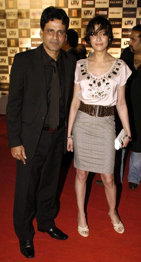 Manoj Bajpai and Neha (Shabana Raza)