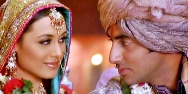 Rani Mukerji and Abhishek Bachchan in Hum Tum