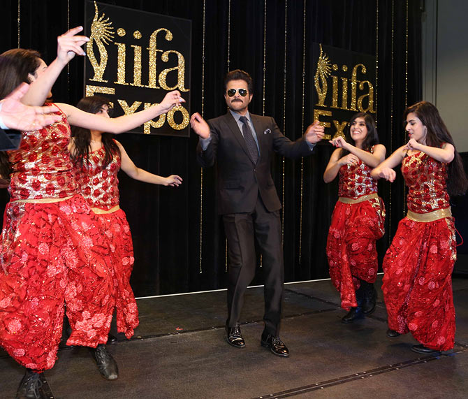 Anil Kapoor dances at the IIFA function