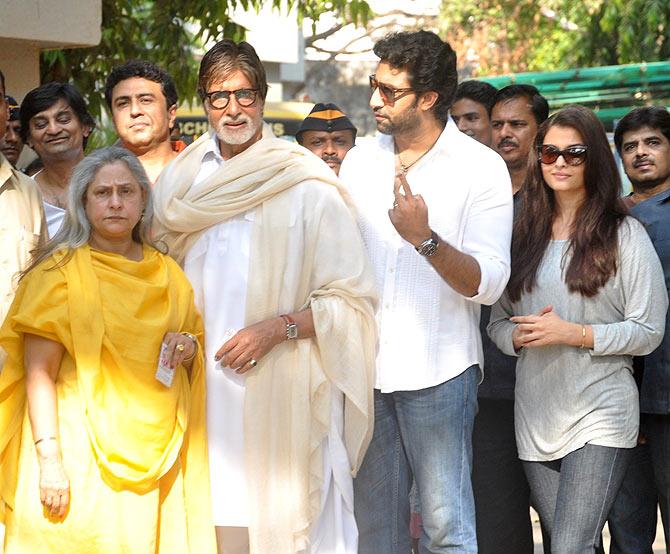 Jaya, Amitabh, Abhishek and Aishwarya Rai Bachchan