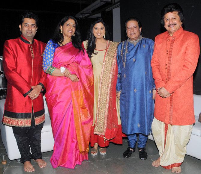 Sumeet Tapoo, Kavita Krishnamurthi, Richa Sharma, Anup Jalota and Pankaj Udhas