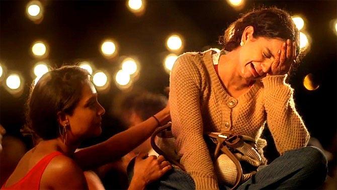 Kangna Ranaut with Lisa Haydon in Queen