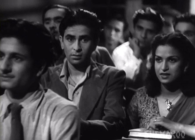 Raj Kapoor and Kamini Kaushal in Aag.