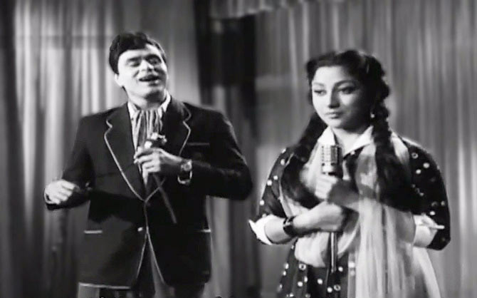 Rajendra Kumar and Mala Sinha in Dhool Ka Phool