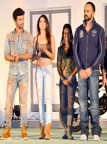 Kushal Tandon, Gauahar Khan, Geeta Tandon and Rohit Shetty