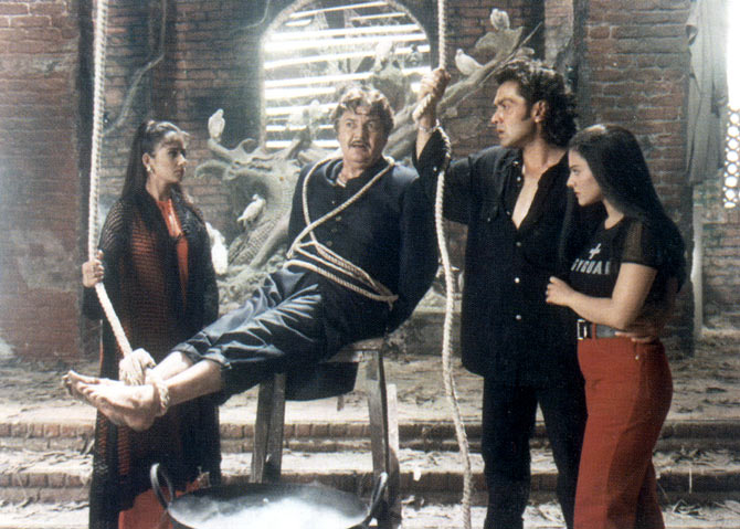 Manisha Koirala, Prem Chopra, Bobby Deol and Kajol in Gupt.