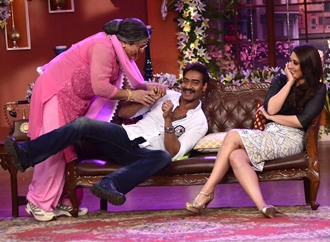 Ajay Devgn, Ali Asgar and Kareena Kapoor