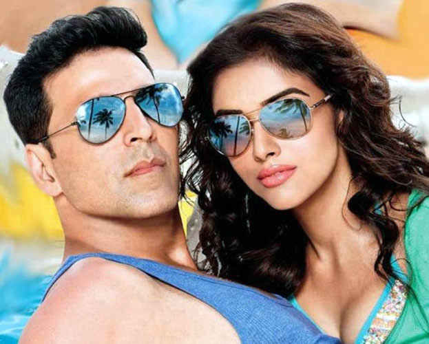 Akshay Kumar with Asin in Housefull 2