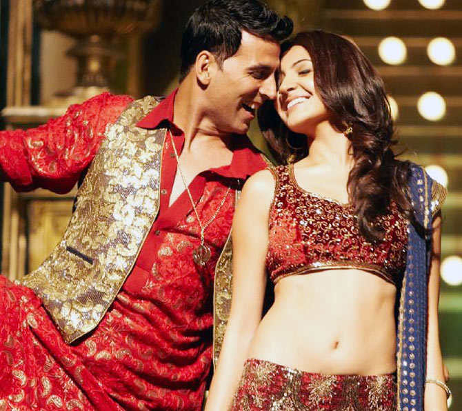 Akshay Kumar with Anushka Sharma in Patiala House