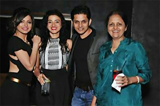 Drashti, Suhasi and Jaysheel Dhami with their mother.
