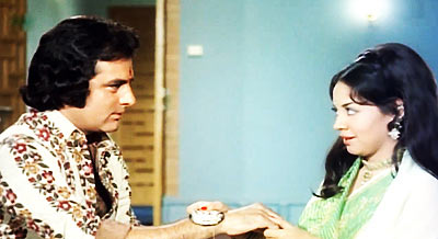 Feroz Khan and Farida Jalal in Dharmatma