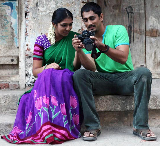 Lakshmi Menon and Siddharth in Jigarthanda