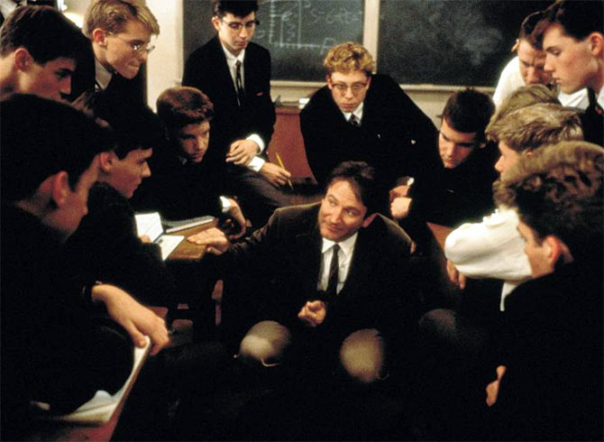 Robin Williams (centre) in Dead Poets Society