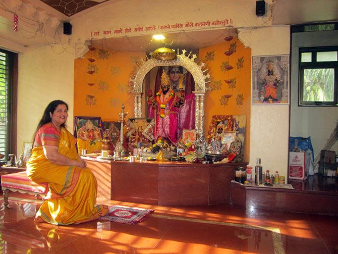 PIX: Anuradha Paudwal's LAVISH ...