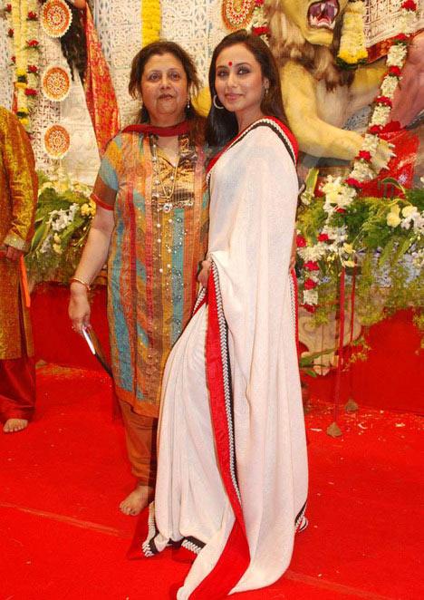 Rani Mukerji with mum Krishna