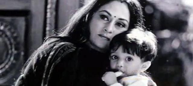 Shah Rukh Khan's son Aryan with Jaya Bachchan in Kabhi Khushi Kabhie Gham