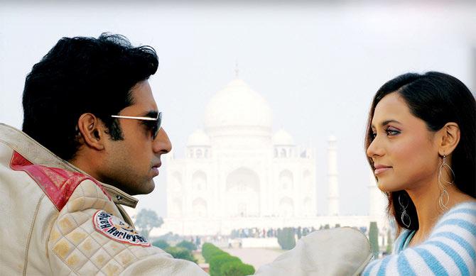 Abhishek Bachchan and Rani Mukerji in Bunty Aur Babli