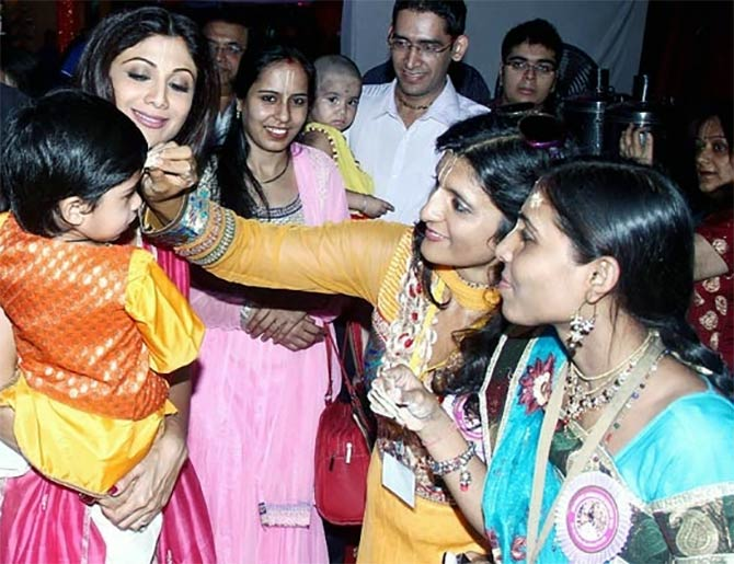 Shilpa Shetty with her son Viaan.