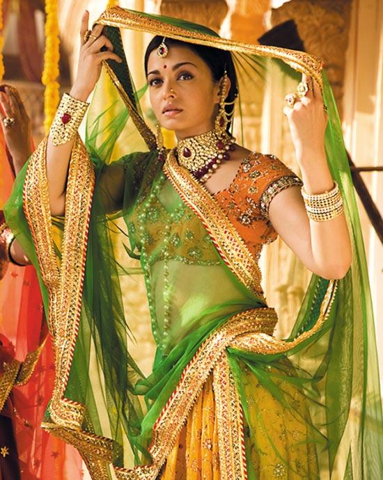 Aishwarya Rai Bachchan in Jodhaa Akbar
