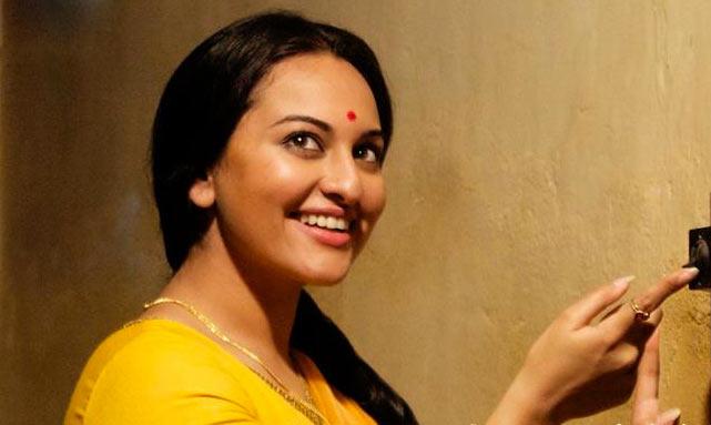 Sonakshi Sinha in Lootera