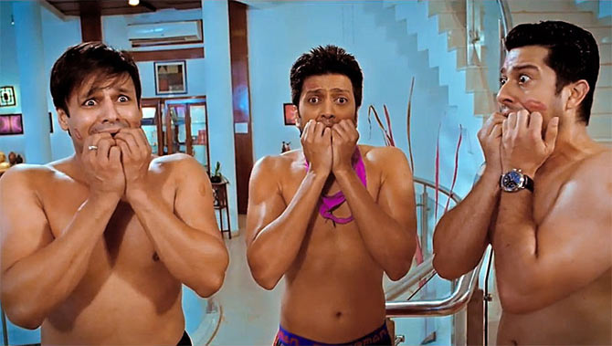 Vibek Oberoi, Riteish Deshmukh and Aftab Shivdasani in Grand Masti