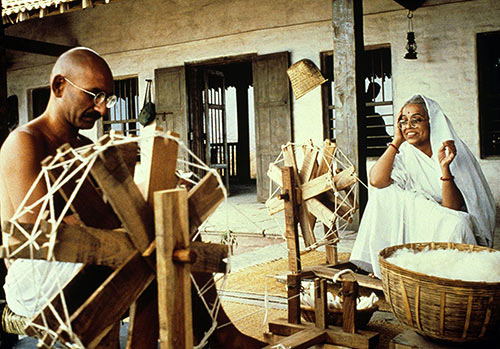 Ben Kingsley and Rohini Hattangady in Gandhi