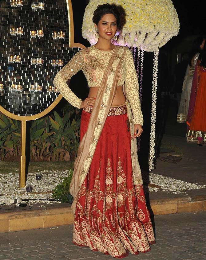Kareena, Deepika, Alia: Dress like B-town divas this wedding season ...