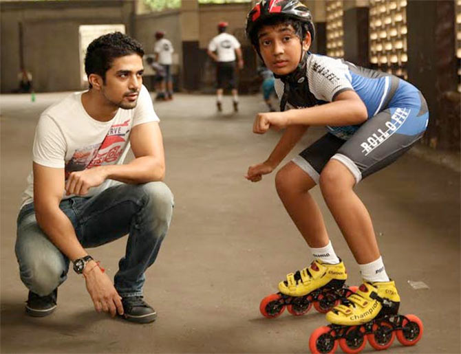 Saqib Saleem and Partho Gupte in Hawaa Hawaai