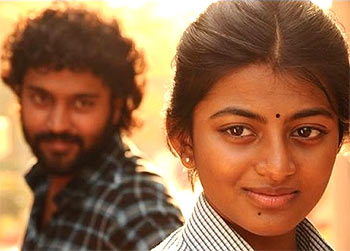 Current Bollywood News & Movies - Indian Movie Reviews, Hindi Music & Gossip - Review: Kayal is compelling love story