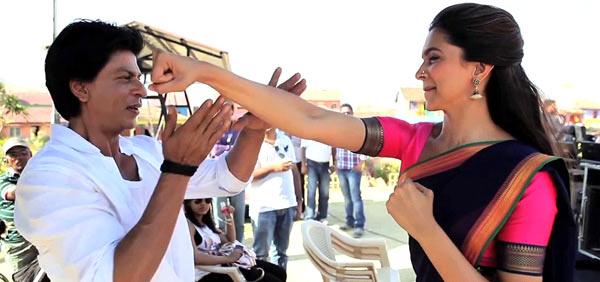 Shah Rukh Khan and Deepika Padukone in Chennai Express