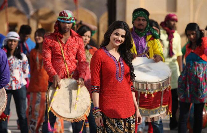 Prachi Desai in Bol Bachchan