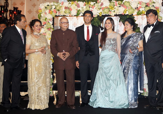 Dharmendra, Hema Malini, L K Advani, Vaibhav Vora, Ahana and Vaibhav's parents