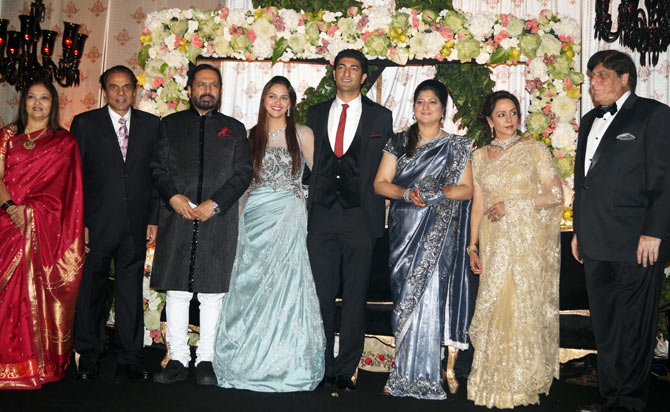 Suresh and Meera Kalmadi with the family