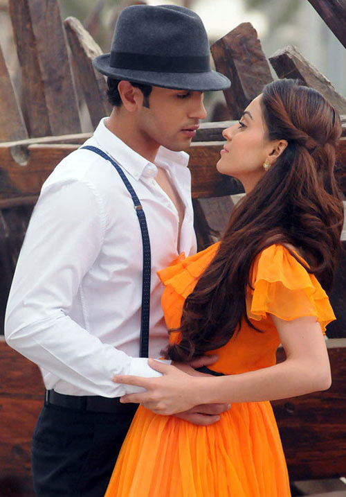 Adhyayan Suman and Ariana Ayam in Heartless