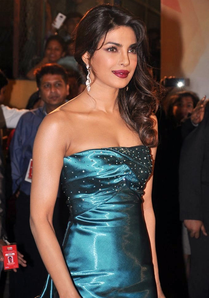 Priyanka Chopra at the Filmfare awards, 2013.