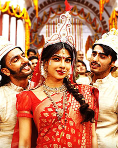 Ranveer Singh, Priyanka Chopra, Arjun Kapoor in Gunday
