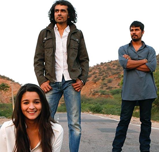 Alia Bhatt, Imtiaz Ali and Randeep Hooda, while shooting for Highway