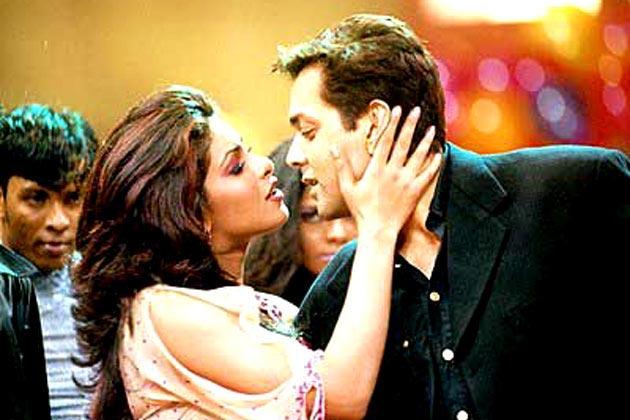 Priyanka Chopra and Bobby Deol in Kismat